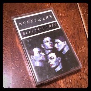 Kraftwerk 🎶 Cassette tape